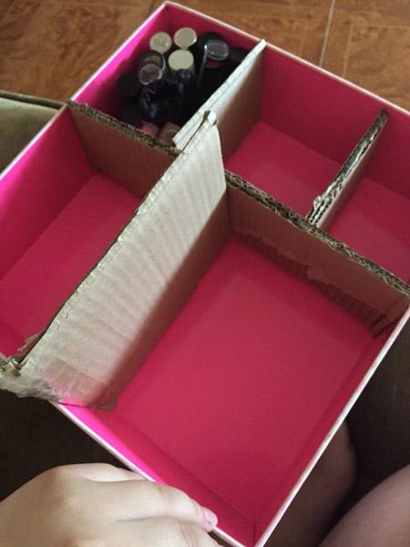https://rozup.ir/view/3395822/cosmetics-box-training-4.jpg