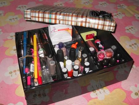 https://rozup.ir/view/3395823/cosmetics-box-training-5.jpg
