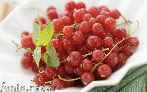با خواص شگفت انگیز انگور قرمز آشنا شوید.