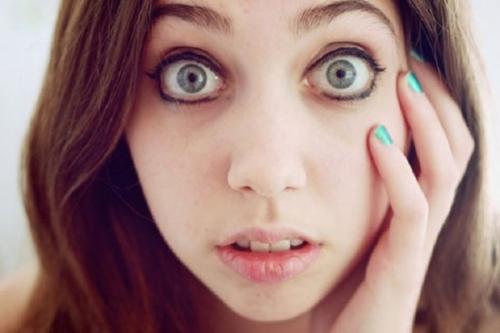 ۱۰ دقیقه به چشمان فرد مقابلتان خیره شوید تا...