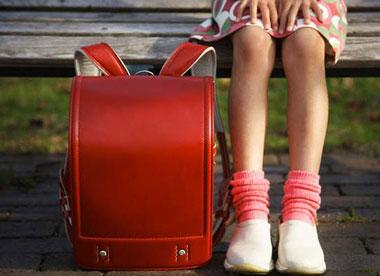بهترین کفش برای دانش آموزان چه کفشی است؟