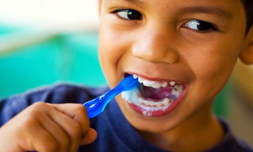 دندان شیری هم نباید بپوسد