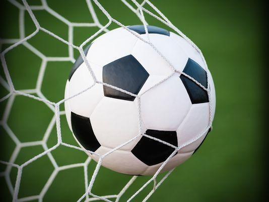 فیلم/ خروپف حین گزارش زنده فوتبال