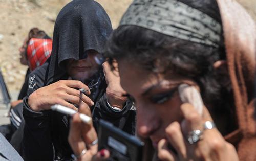 دلایل گرایش زنان ایرانی به مواد مخدر